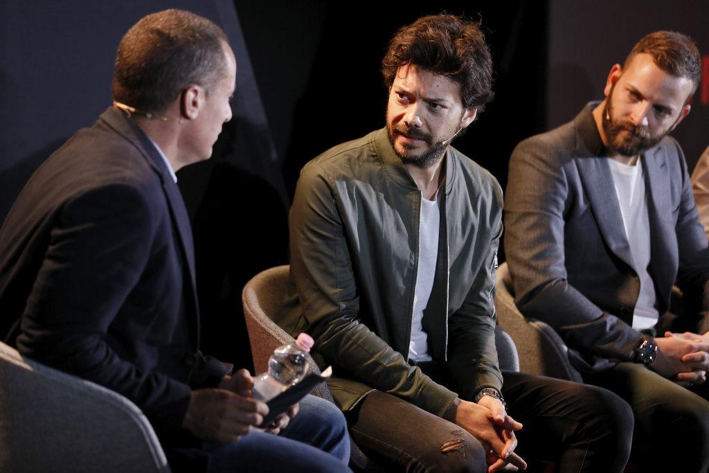 Intervista alvaro morte racconta la casa di carta 3 the for La casa di carta il genio dello streaming
