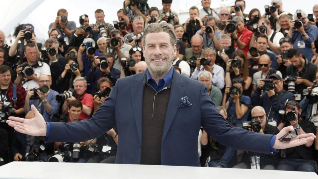 John Travolta a Cannes durante il photocall di Gotti.