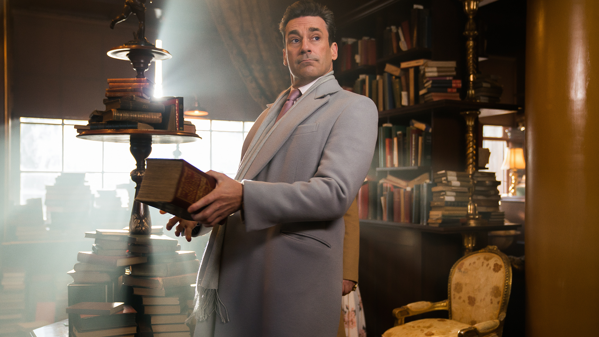 Good Omens: una scena della serie con Michael Sheen e David Tennant