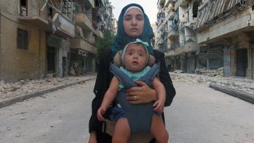 Alla Mia Piccola Sama: Waad al-Kateab e la bambina