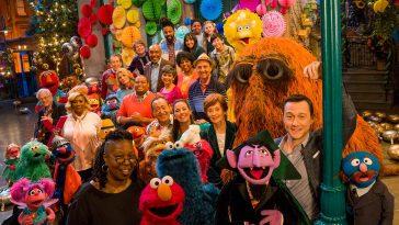 Da Whoopi Goldberg a Joseph Gordon-Levitt: si aprano le danze a Sesame Street!