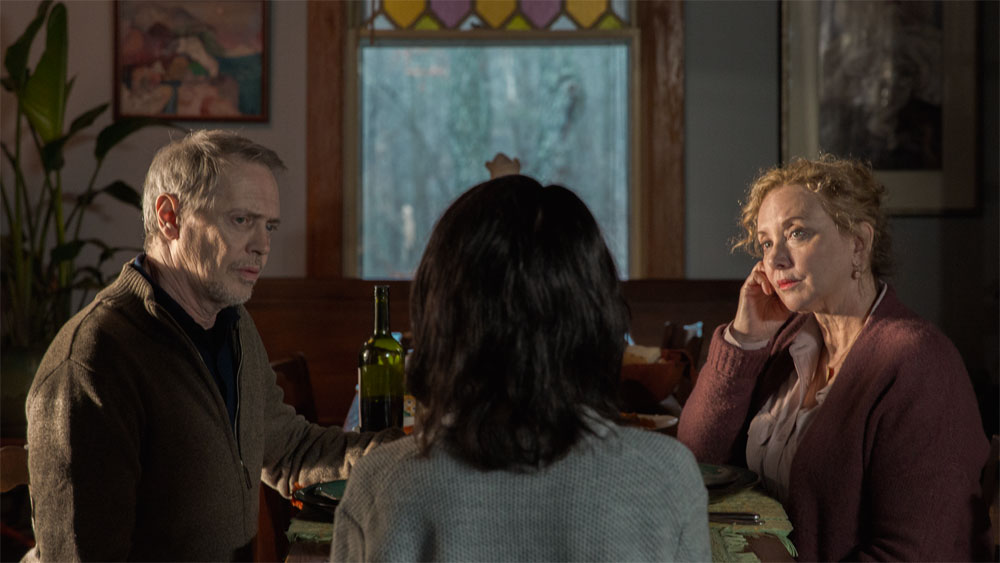 Steve Buscemi e J. Smith-Cameron in una scena di Nancy