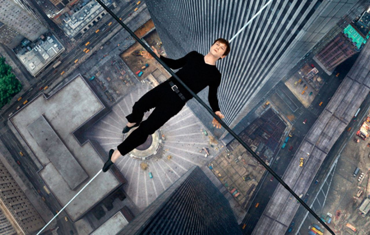 Joseph Gordon-Levitt in una scena di The Walk