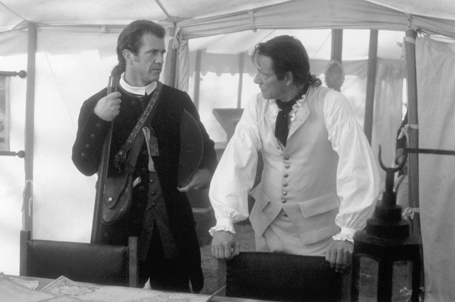 Mel Gibson e Chris Cooper sul set de Il Patriota