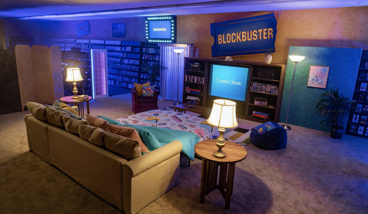 Tutto pronto per il pigiama party nel Blockbuster di Bend