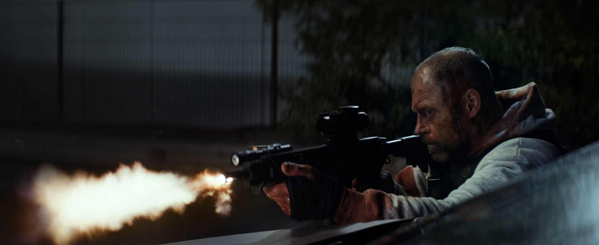 Jacob Lohmann in una scena del film