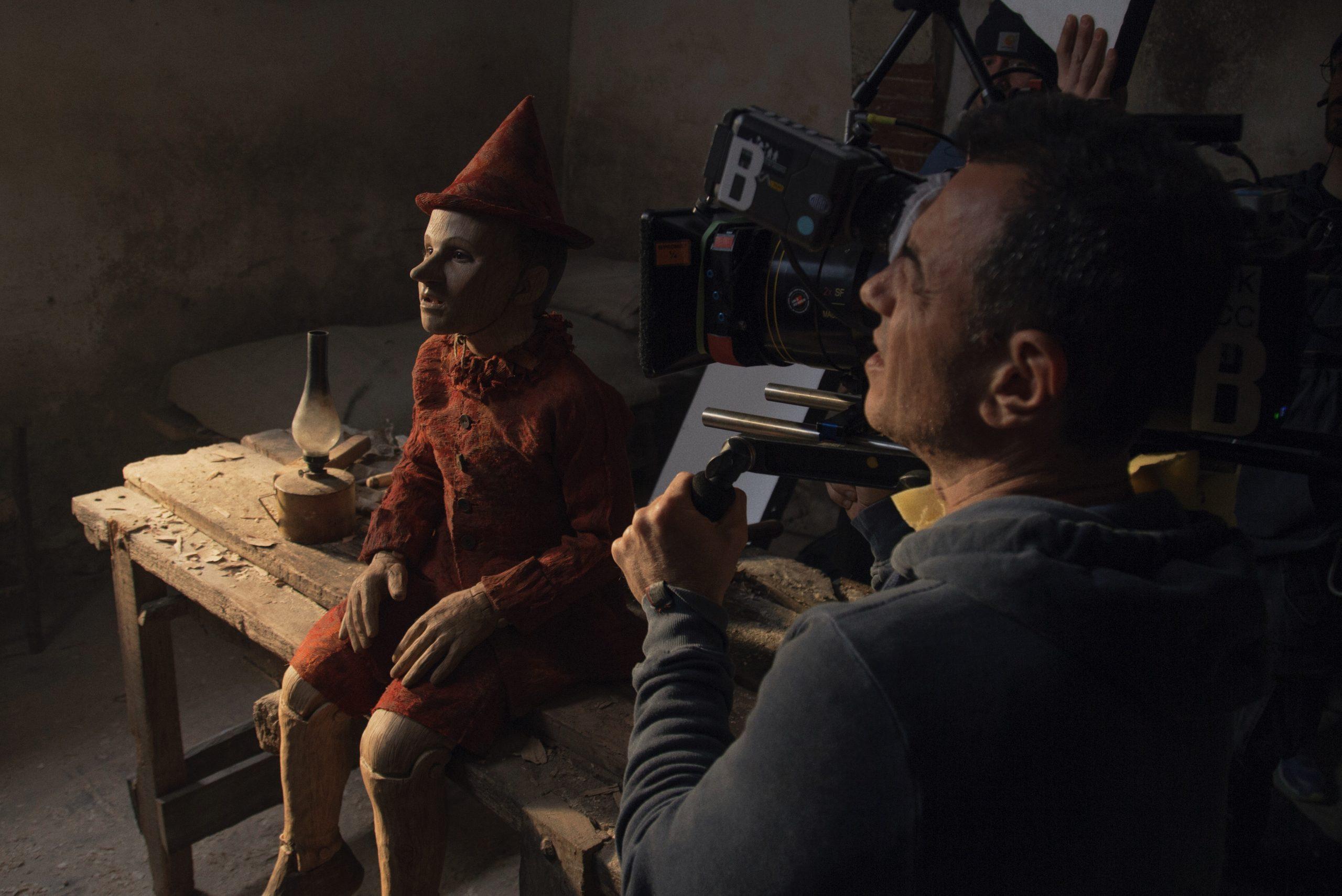Garrone sul set di Pinocchio, candidato a due Oscar