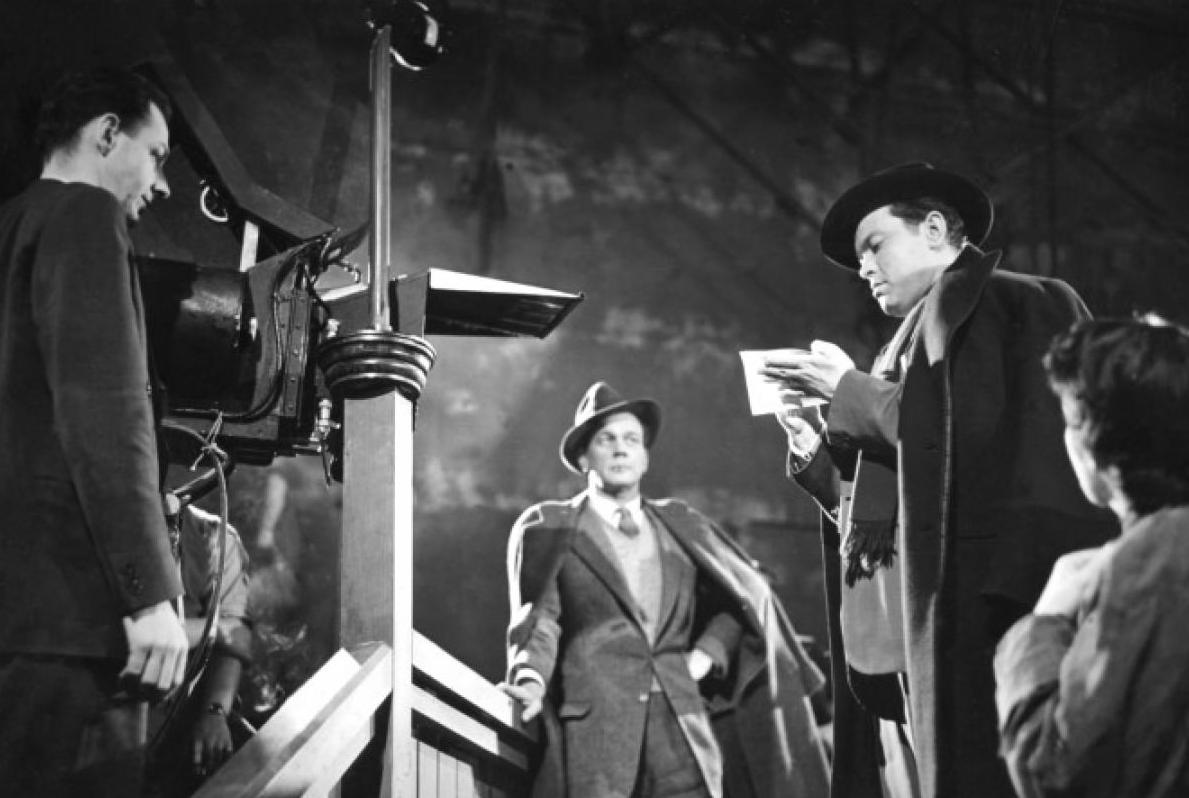 Carol Reed directs Orson Welles as Joseph Cotton looks on