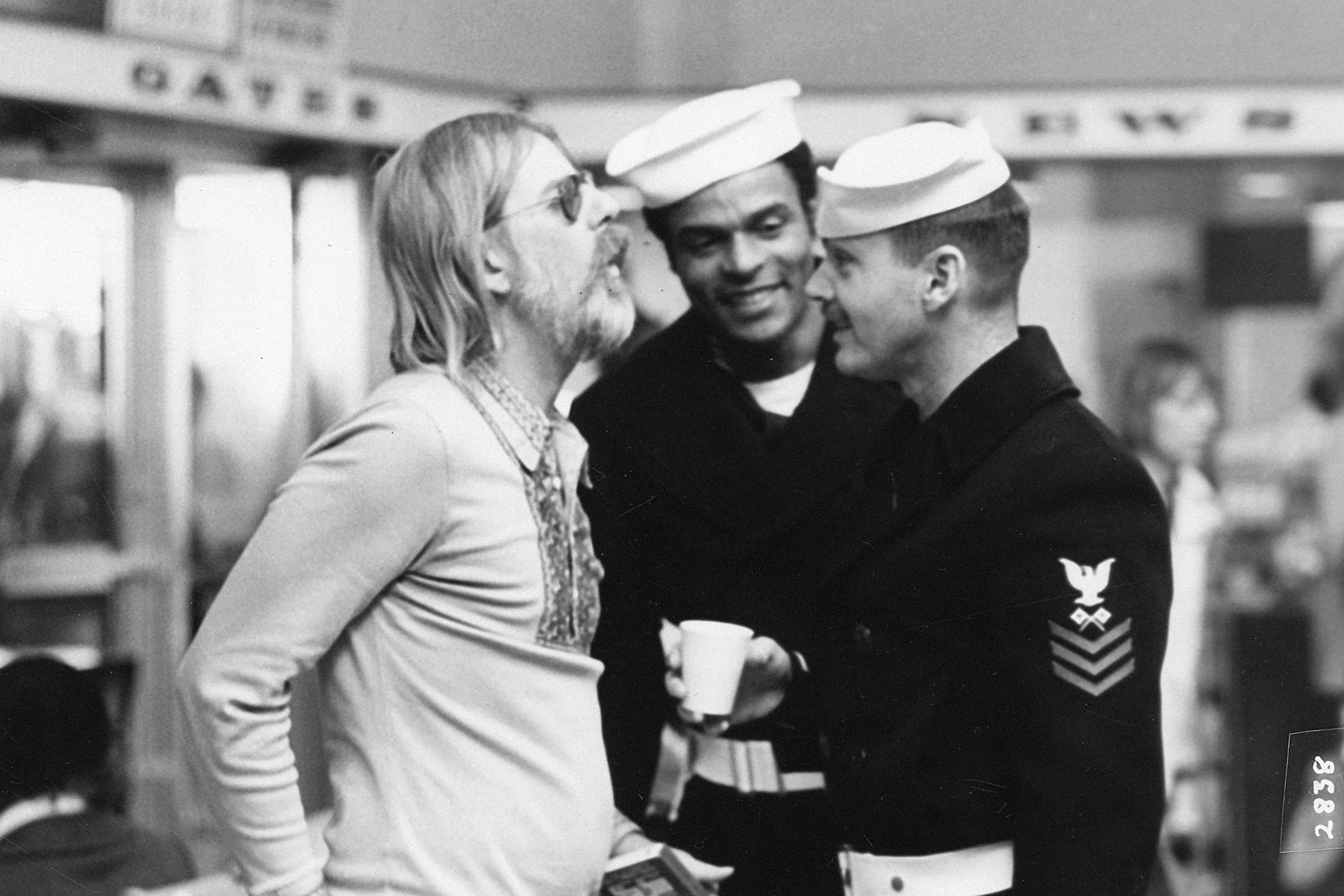 Hal Ashby directs Otis Young and Jack Nicholson in The Last Detail